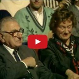 Han redder 669 børn fra Holocaust... og han ved ikke engang at de sidder ved sid