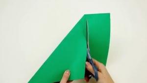 Det eneste det krævede var et stykke papir, saks, og på et øjeblik var der lavet