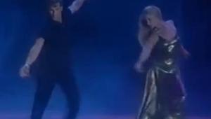 For 21 år siden dansede Patrick Swayze med sin kone og rørte millioner af mennes