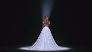 Hendes optræden var så smuk, men da lyset blev slukket skete der noget, som var