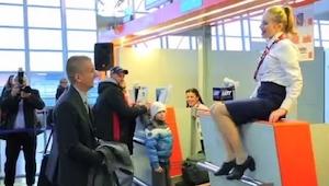 Passager ønskede bare at checke ind, men hvad der så skete var en overraskelse!