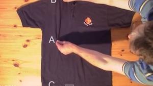 Denne måde at lægge skjorter sammen på er slet og ret formidabel