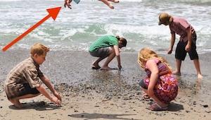 Faren lavede et billede af sine børn, da han så nærmere på det … UMULIGT!