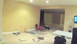 Hendes mand startede et hemmeligt projekt nede i kælderen. 20 dage senere bad ha