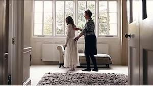 Det ligner en normal optagelse fra et bryllup, lige indtil man finder ud af den