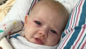 Babyen er døende, men VENDER TILBAGE til livet. Nogle uger senere tager faren de