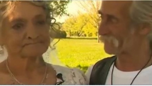 Dette par levede sammen i 30 år. Nu afslører kvinden den chokerende sandhed for