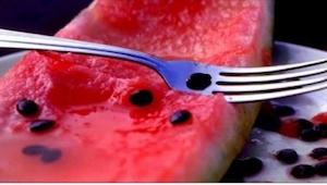 I må under ingen omstændigheder smide vandmelonkerner ud! Når de koges i vand ud