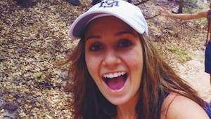 Teenagepigen døde lige pludselig, mens hun var på stranden. Familien skjulte års