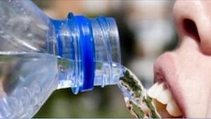 5 grunde til at vi aldrig mere bør drikke vand direkte fra flasken! Jeg kendte i