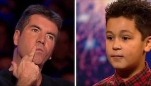 Drengen havde tårer i øjnene, da Simon afbrød hans optræden. Han gav ham besked
