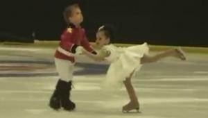 De er blot 4 år gamle, men deres optræden er uforlignelig. Skal ses!