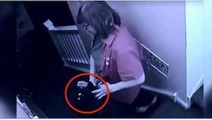 Et kamera blev installeret i en børnehave. Det der skete efter bare 30 minutter