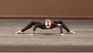 En danser i denne position? Publikum var overraskede, men så… Wow!