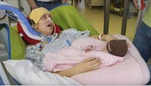 Den 26-årige var paralyseret i kroppen efter fødslen. Det, som hun fortalte syge