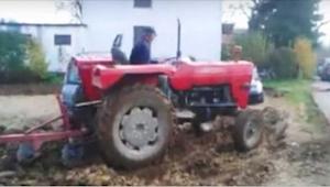De gad ikke at fjerne deres bil fra landmandens ejendommen - hans hævn morede næ