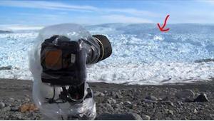 Han stillede sit kamera på isen. Få øjeblikke efter optag han noget fantastisk.