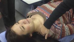 Denne japanske teknik fjerner smerter og stivhed i nakken i løbet af blot 10 sek
