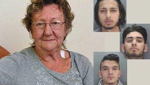 Den 77-årige tog penge ud af en pengeautomat, da 3 mænd nærmede sig hende. Efter