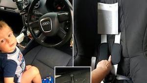 En dreng hylede og skreg i sit bilsæde. Da forældrene fandt ud af hvorfor fik de