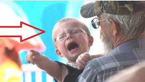 Et enkelt spørgsmål er nok, for omgående at bringe barnet til ro. Prøv selv! Det