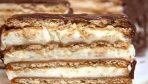 Denne kage er vinderen af vores interne konkurrence om, hvilken kage der smager