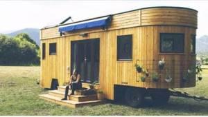 Dette mobile hus er 80 kvadratmeter og har masser af faciliteter. Du skal se det