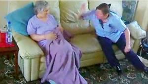 Hvad et skjult kamera har optaget som en kvinde, der lider af demens, er chokere