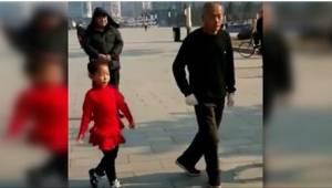 Han smittede sine to børnebørn med kærlighed til dans. Se deres fælles koreograf