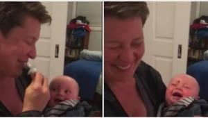 Den måde dette barn ler på er simpelt hen smitsom – se det selv, og bliv overbev