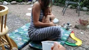Det toårige barn døde, efter at være blevet efterladt hos bedstefar til eftermid