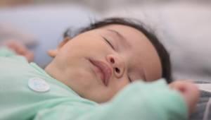 Pædagogmedhjælperen afslører, hvorfor hun aldrig tager imod børn, som sover. Enh