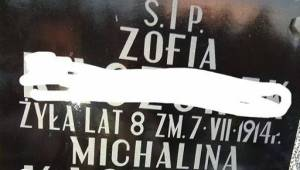 Hun delte et billede fra sin families gravsted. Det er billeder, som fortæller m