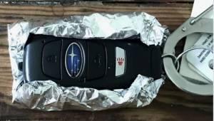 Derfor bør du altid holde dine bilnøgler gemt i et stykke stanniol.