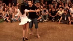 Parret begyndte at danse så vidunderligt at hele publikum var forbløffet